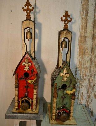 Bird Hook Bell Lorenzo Birdhouse (2 Colors)