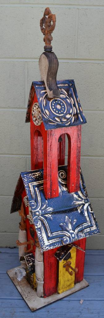 Red Casita Lorenzo Birdhouse