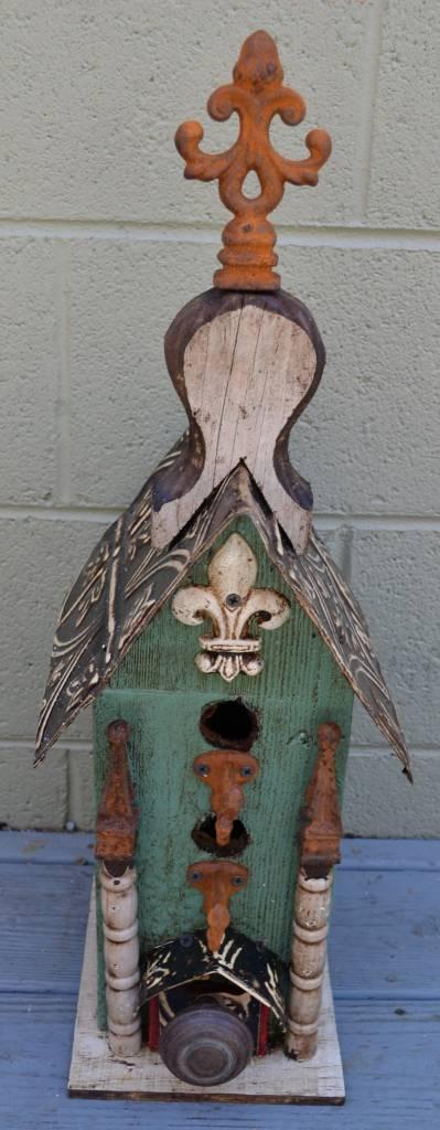 2 Hole Lorenzo Birdhouse