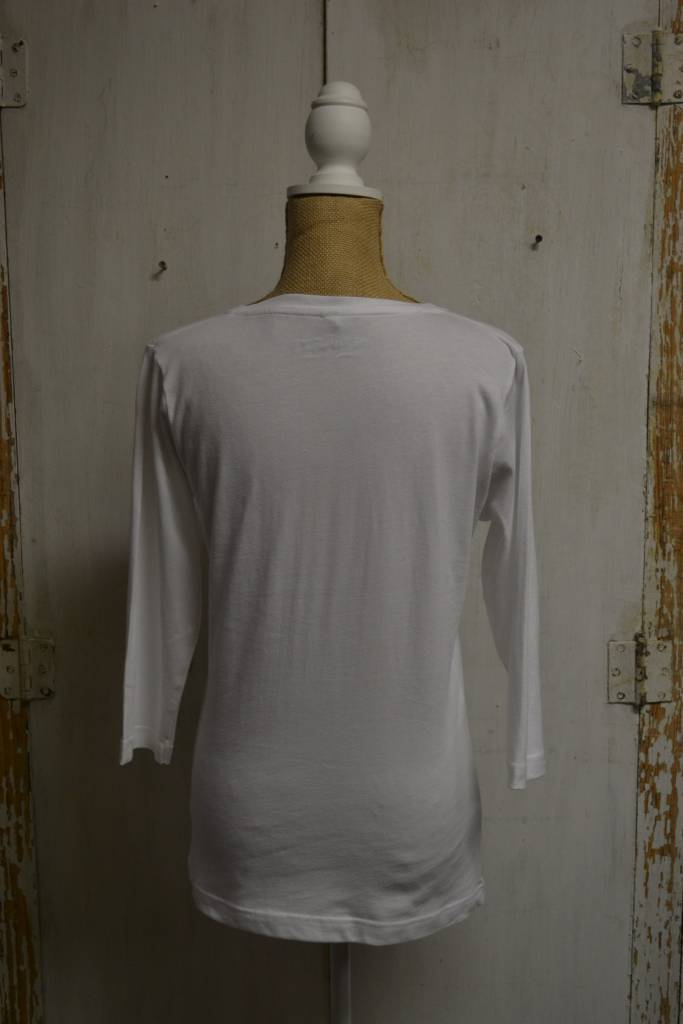 Blowing Rock 3/4 Sleeve V-Neck White Top