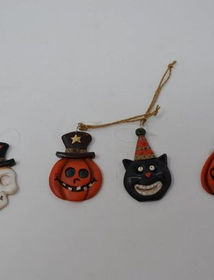Mini Halloween Ornament (4 Styles)