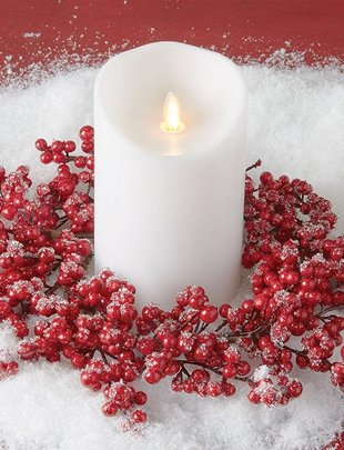 Iced Red Berry Candle Ring