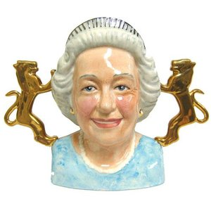 Bairstow Manor Pottery Bairstow Manor Diamond Jubilee Queen Bust