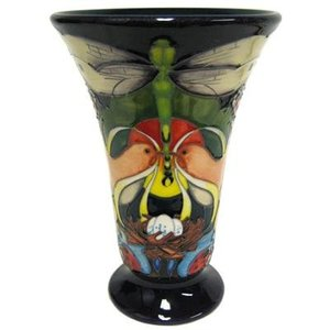 Moorcroft Pottery Moorcroft Homemakers Vase 87/6 - Limited Edition