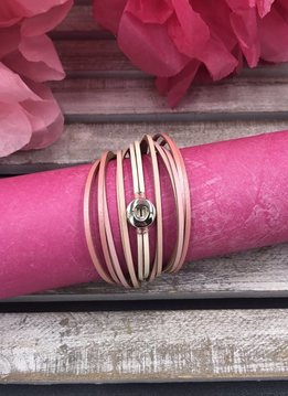 Gradiated Pink Snap Mini Layered Wrap Bracelet
