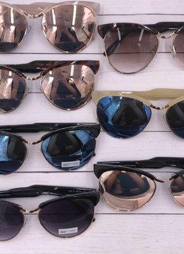 Trendy Wayfarer Sunglasses