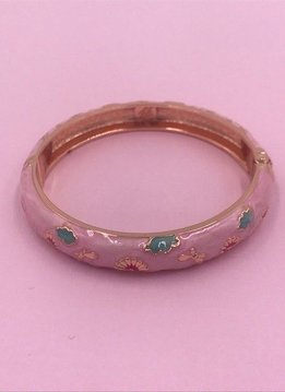 Pink Rose Gold Bangle with Flower Patterns