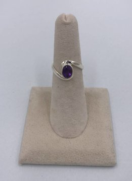 Sterling Silver Oval Round Amethyst Ring Size 5