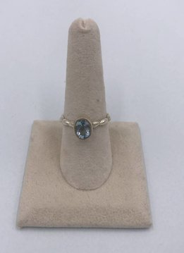 Sterling Silver Oval Blue Topaz Ring Size 8