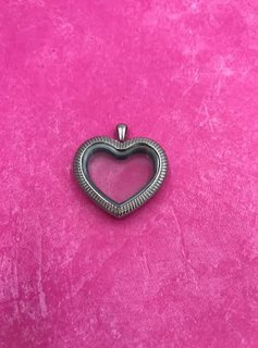 Stainless Steel Striped Heart Locket