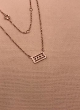 iiShii Sterling Silver Rose Gold Plated Chicago Flag Necklace