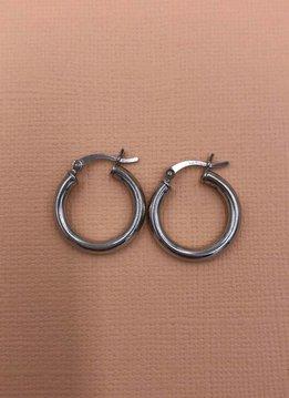 Qualita in Argento Italian Sterling Silver Large Barrel .75 inch Hoop Earrings