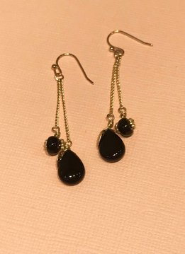 Double Onyx Strand w Leaf Accent Earring