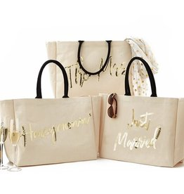 two's company honeymoon beach tote with sequin embroidery