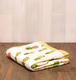 deluxe muslin quilt - pineapple
