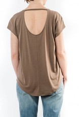 LILLA P CUT OUT BACK TEE