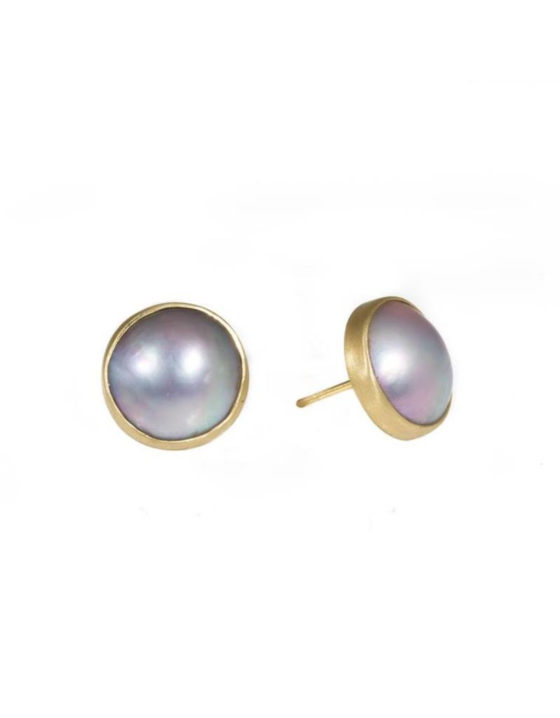 Mabe Light Silver Pearl Post Earrings In 18k Yellow Gold