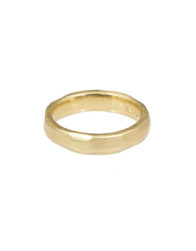 4mm Wide Facets Band in 18k Yellow Gold