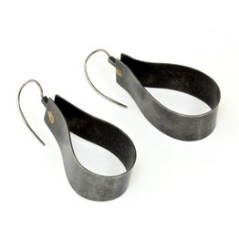 Ribbon Earrings in Oxidized Silver