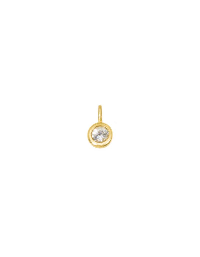Brilliant Sapphire Pendant with18k Yellow Gold Chain