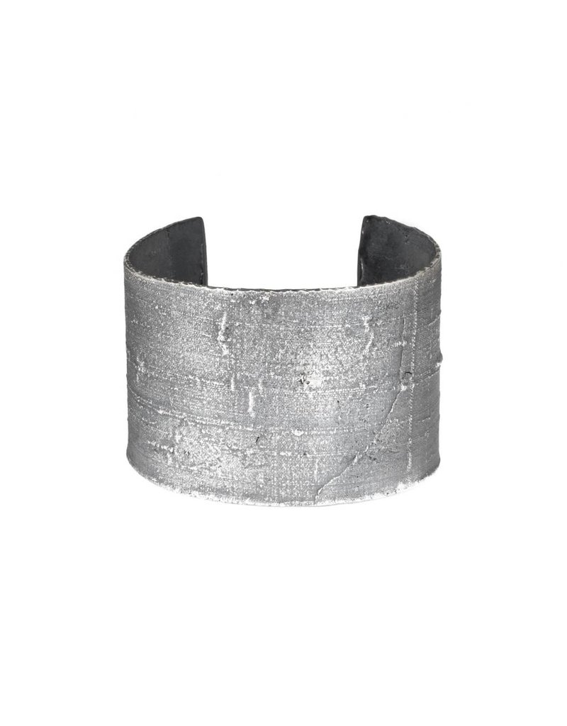 Wide Heavy Silk Textured Cuff in Oxidized Silver