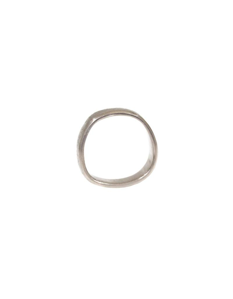7.5mm Finger Shaped Band Hammered Texture in Titanium