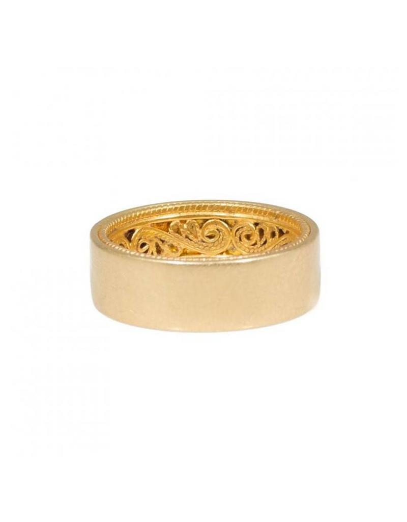 Filigree Ring in 18k Yellow Gold and 24k