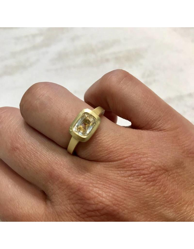 Raised Cup Setting with Rectangular White Sapphire in 18k Yellow Gold