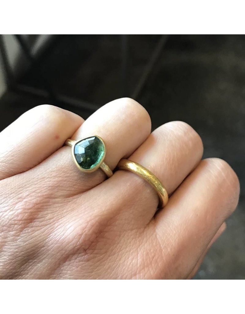 Rosecut Green Tourmaline Thin Band Ring in 18K Yellow Gold