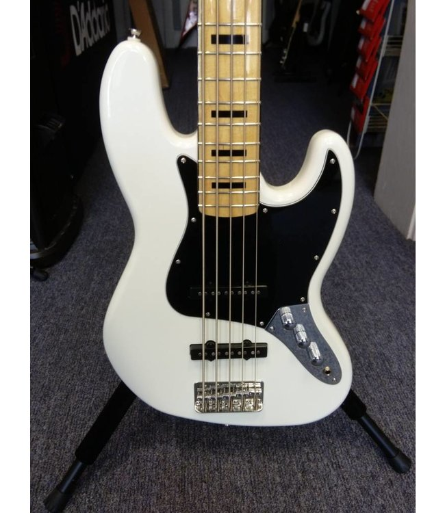 SQUIER Squier Vintage Modified Jazz Bass '70 V 5 String Bass,