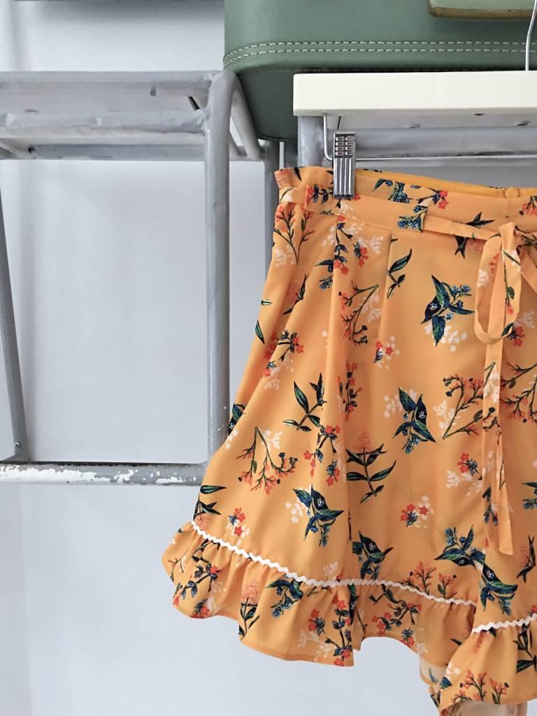 SKYWARD Floral Shorts