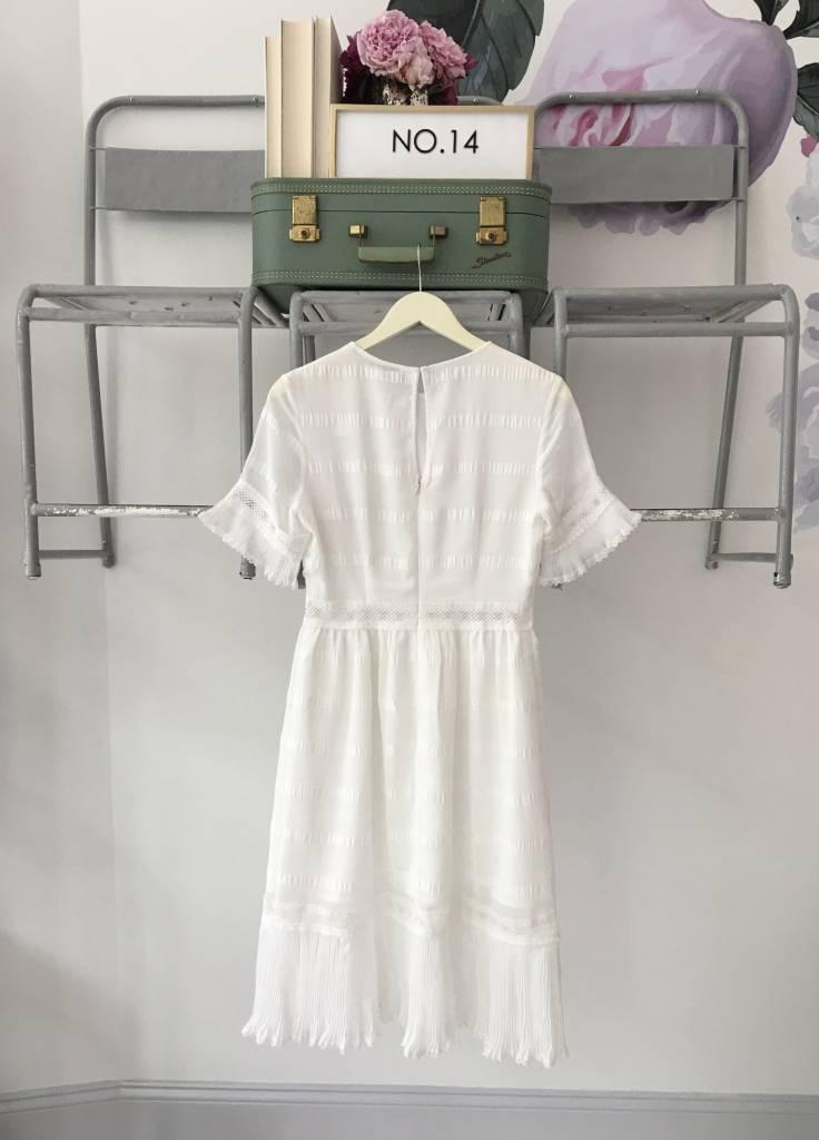 White Short Sleeve Pleated Midi Dress