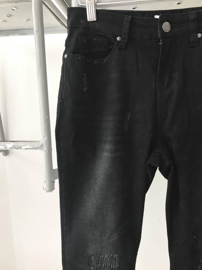 Distressed Hem Jeans
