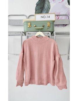 Scalloped Edge Balloon Sleeve Sweater