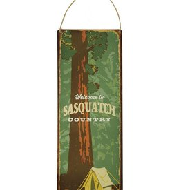 Vintage Sign: Sasquatch Country