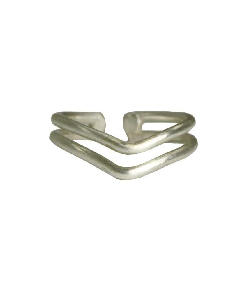 WorldFinds Double V Ring