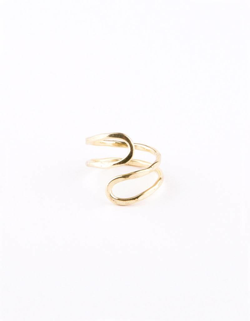 Mata Traders Meander Ring