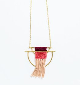 Mata Traders Santa Cruz Mauve Necklace