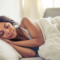 Are you a side sleeper?  Get the perfect bed and pillow for your best night's sleep