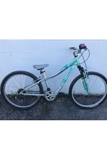 """Specialized PRE-OWNED SPECIALIZED HOTROCK 24"""" 7SPD"""