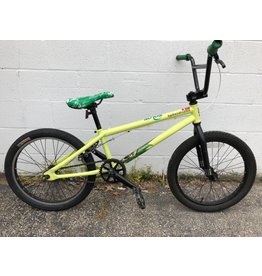 Specialized PRE-OWNED SPECIALIZED FUSE BMX