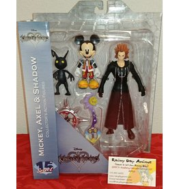 Micky, Axel and Shadow Figure