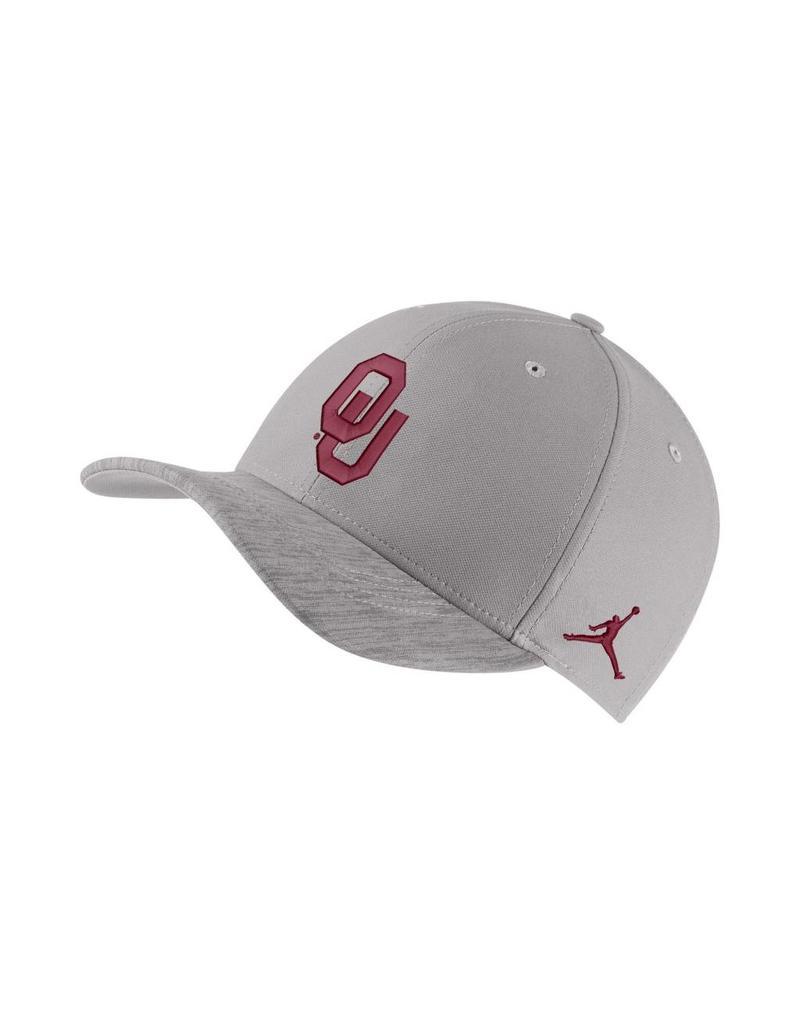 Jordan Men's Jordan Brand Sideline Adjustable Cap