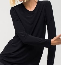 NORMA KAMALI The Long Sleeve Crew Top