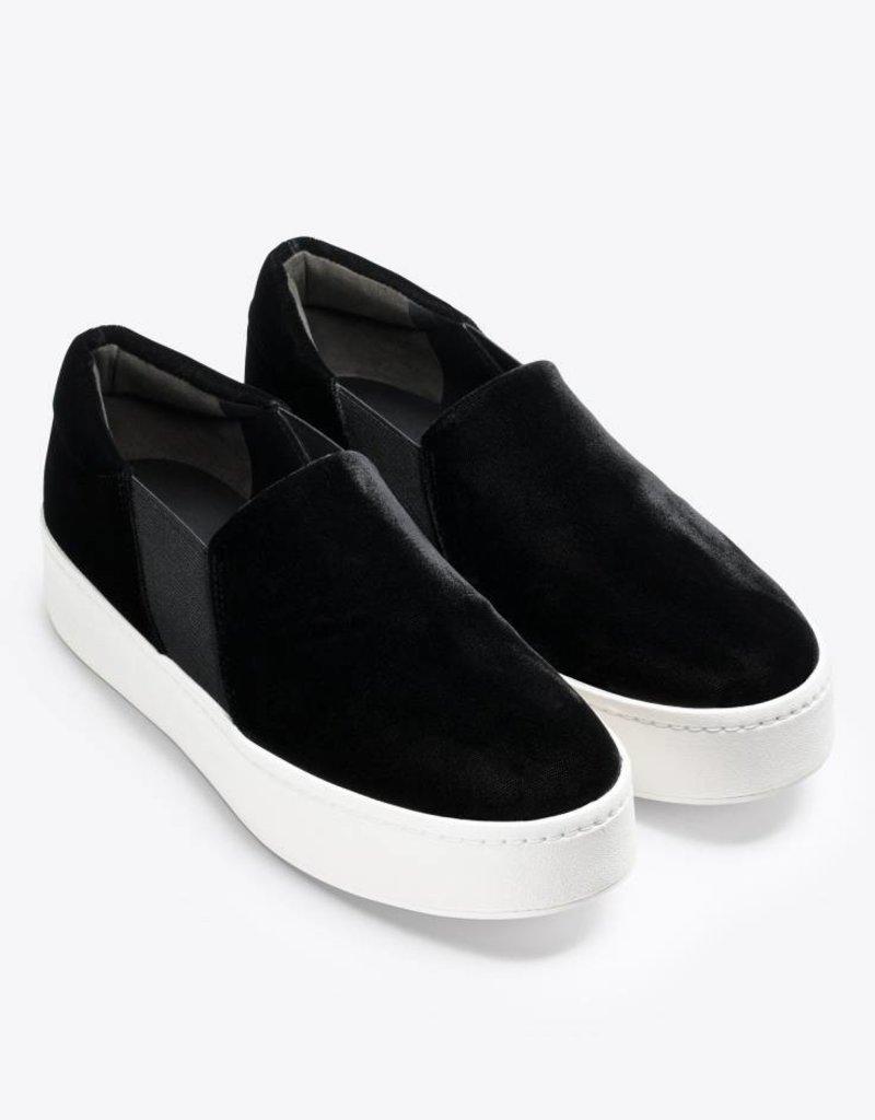 VINCE FOOTWEAR The Warren Sneakers