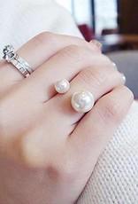 Adjustable Pearl Ring