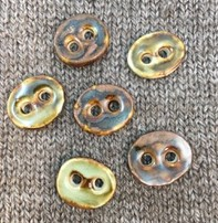 """Hello Beautiful *Buttons - Potter, Oval, 7/8"""", 2cm long"""
