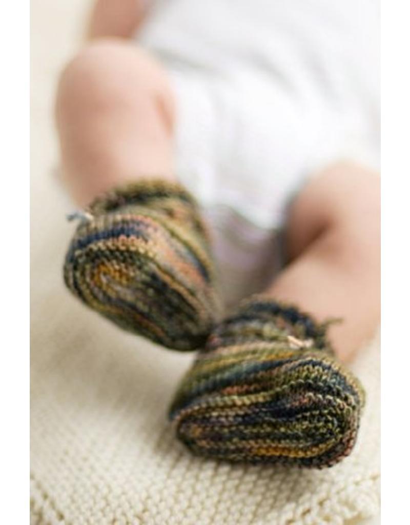 Churchmouse Yarns & Teas Churchmouse - Stay On Baby Booties