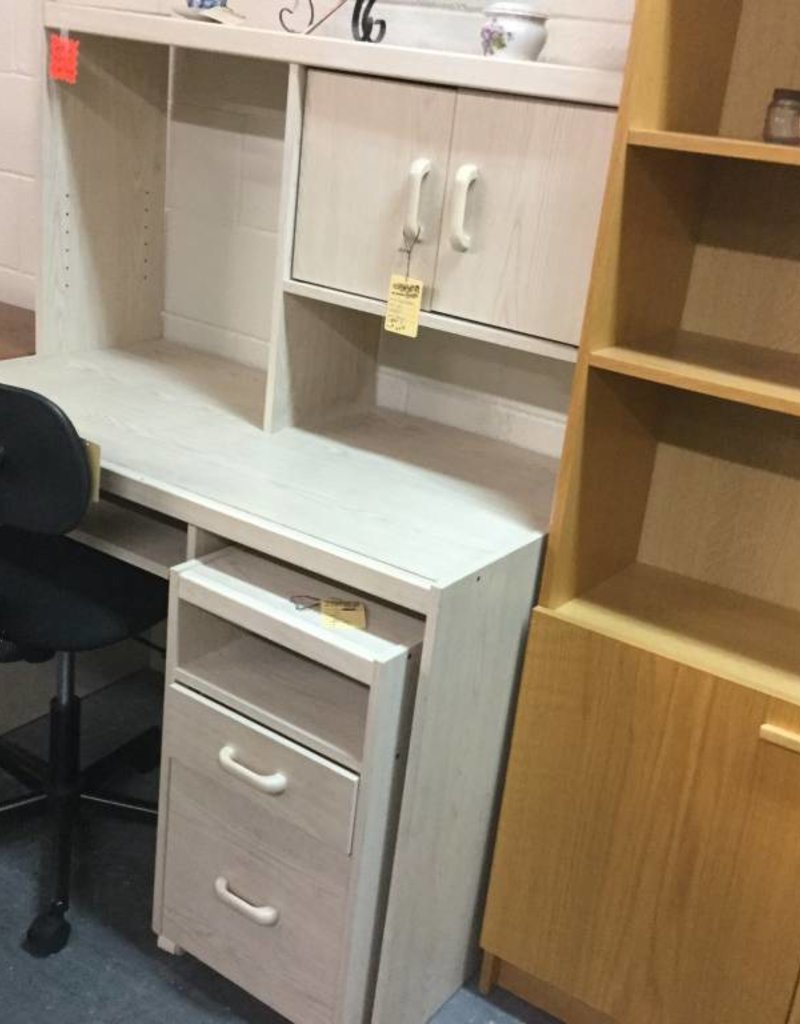 Desk with Hutch - Natural