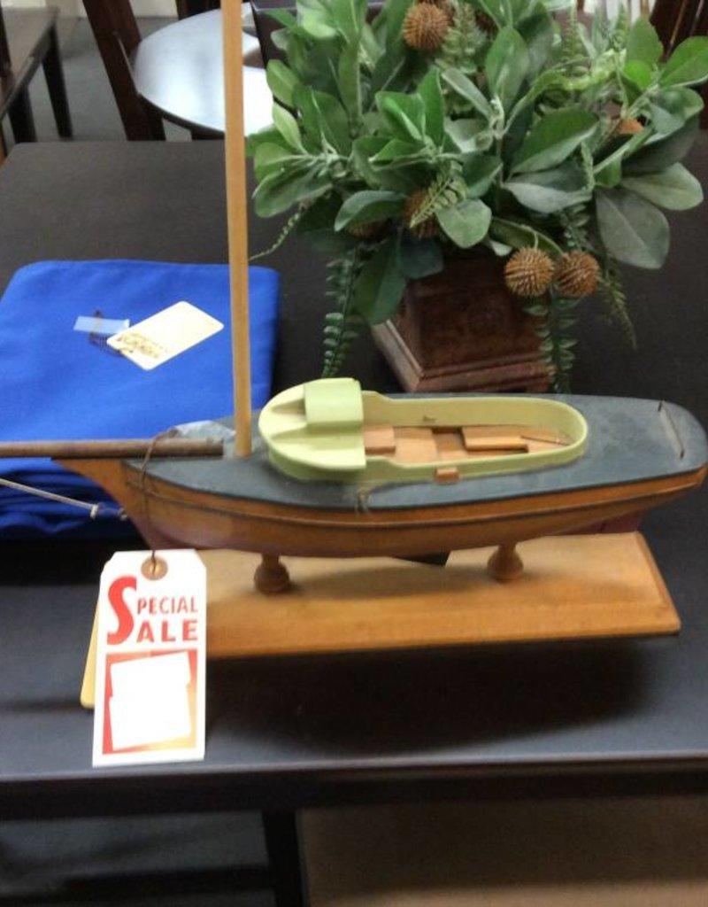 Sailboat wood